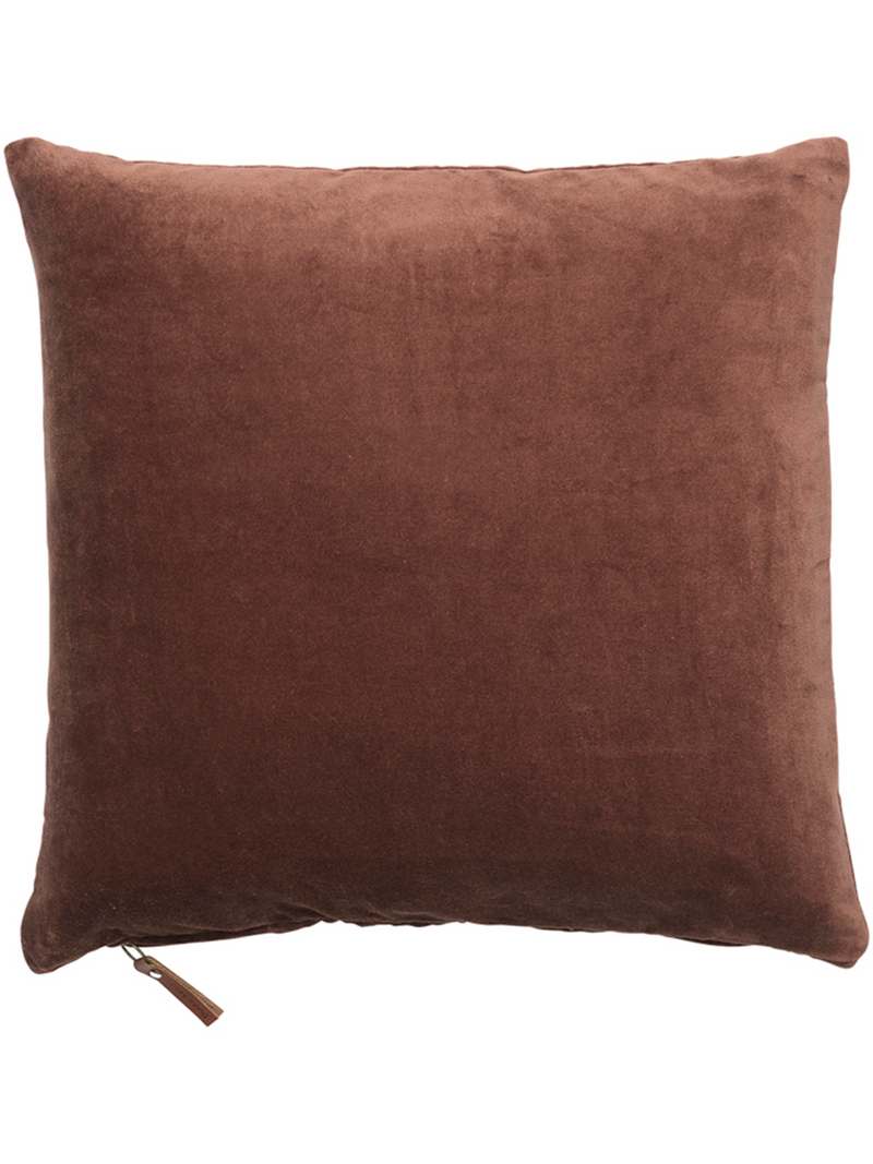 Cozy Livingin Cushion cover värissä Brown.