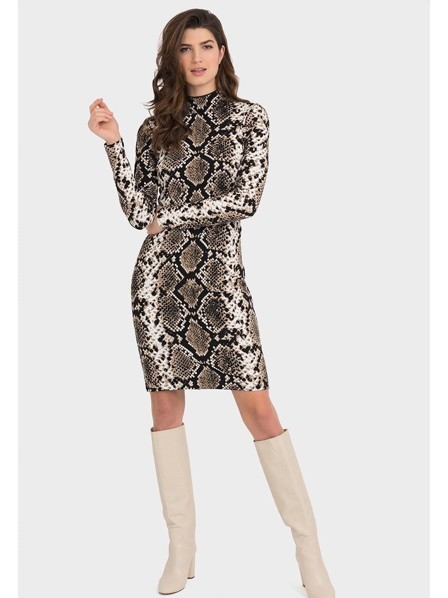 Joseph Ribkoffin Snake Print Dress Värissä Brown.
