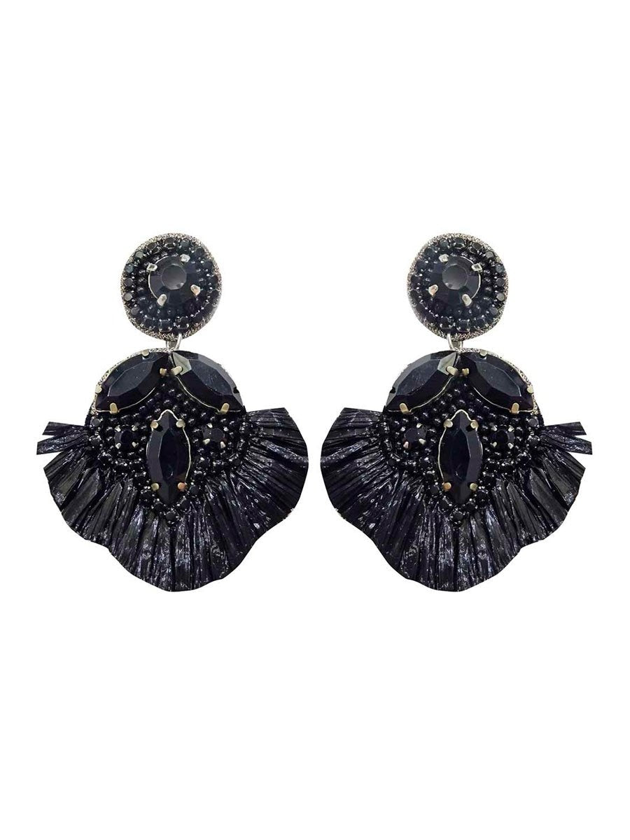 Pipol's Bazaarin Flavour Fringe Earrings värissä Black.