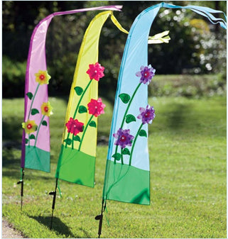 Ways to Beautify Your Garden with Garden Flags