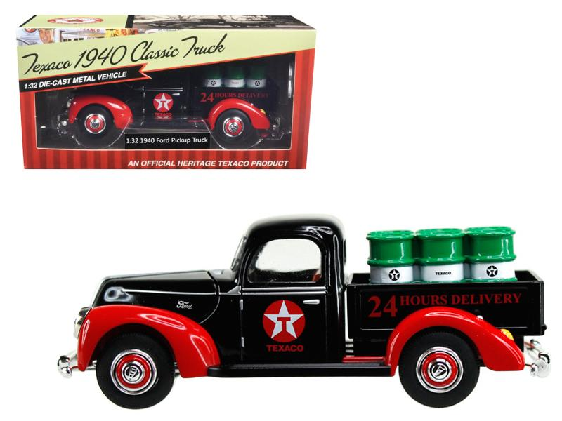 "1940 Ford Pickup Truck \Texaco"" with Oil Barrels 1/32 Diecast Model Car by Beyond Infinity"""