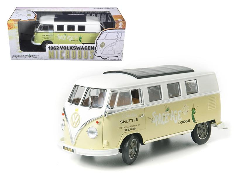 "1962 Volkswagen Microbus \Space Age Lodge"" Cream 1/18 Diecast Model Car by Greenlight"""