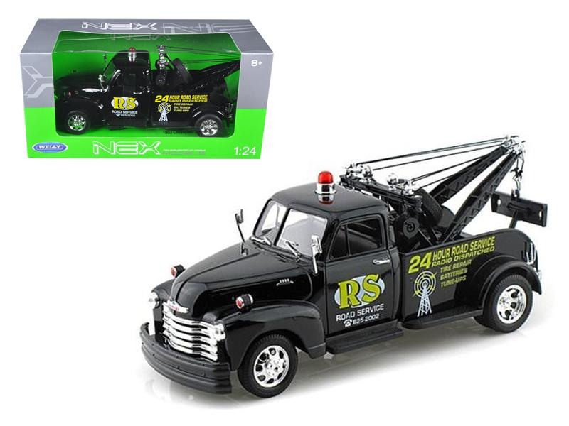 "1953 Chevrolet 3800 Tow Truck Black \Road Service"" 1/24 Diecast Model by Welly"""