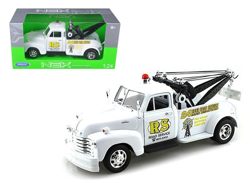 "1953 Chevrolet 3800 Tow Truck White \Road Service"" 1/24 Diecast Model by Welly"""