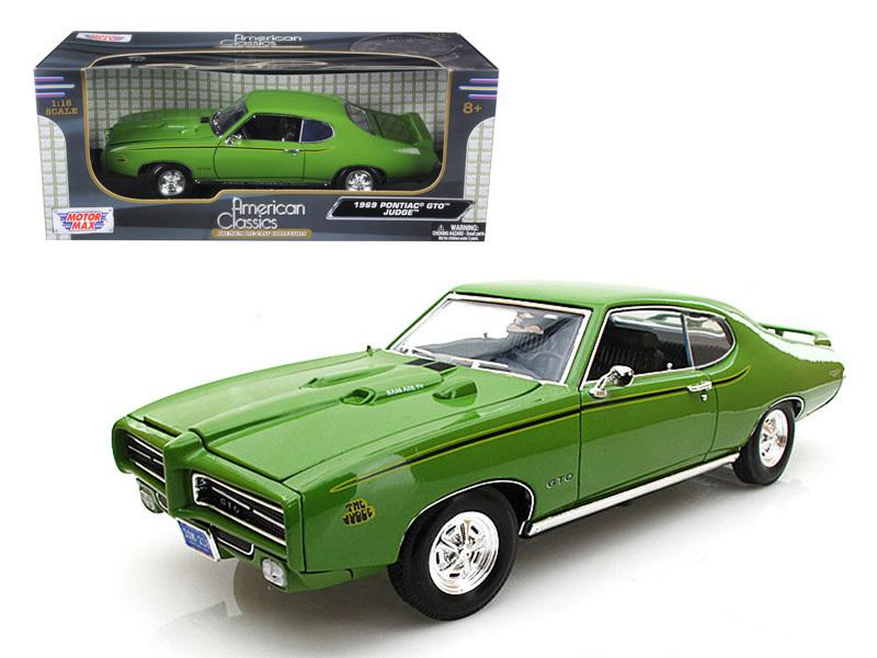 1969 Pontiac GTO Judge Green 1/18 Diecast Car Model by Motormax