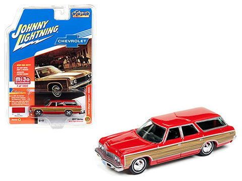"1973 Chevrolet Caprice Wagon Red \Classic Gold""1/64 Diecast Model Car by Johnny Lightning"""