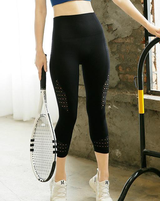 Power Seamless High Waist Capri Leggings | BlissBabe