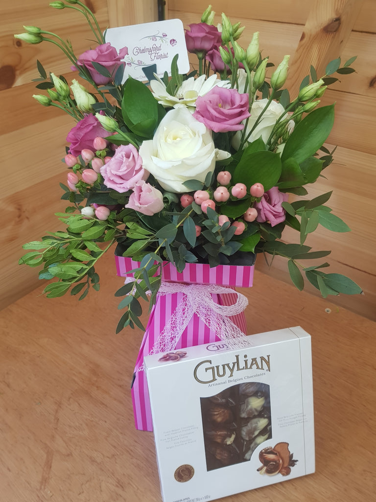 Delux Florist's Choice with Free Chocolates