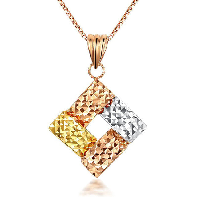 18k Gold Charm Cube Shape - Jewelry Core