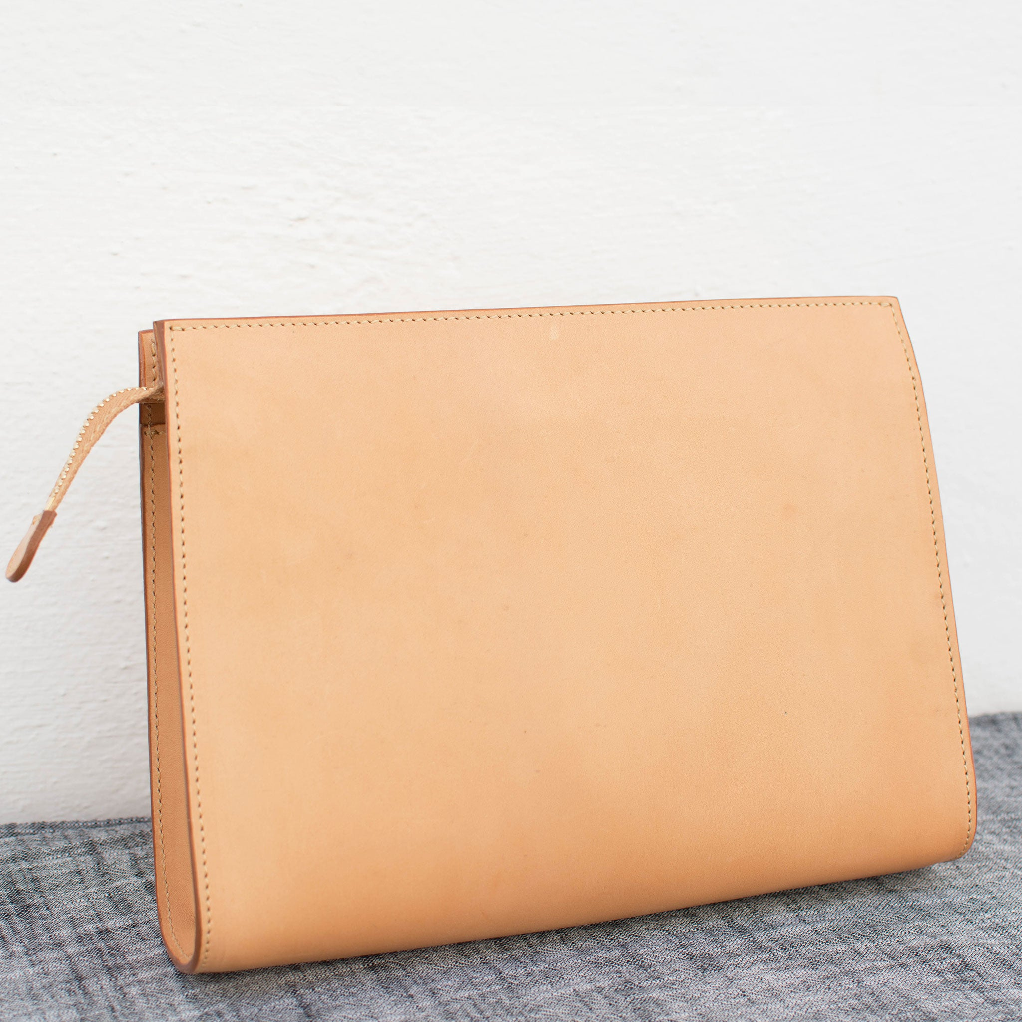 leather crossbody clutch bag natural and made in italy