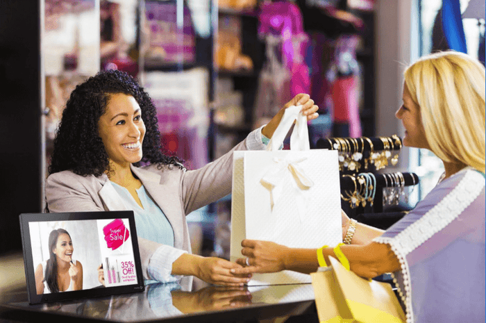 How Digital Signage Can Improve Retail Sales