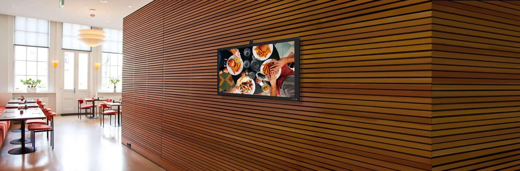 How to Use Digital Signage in Restaurants