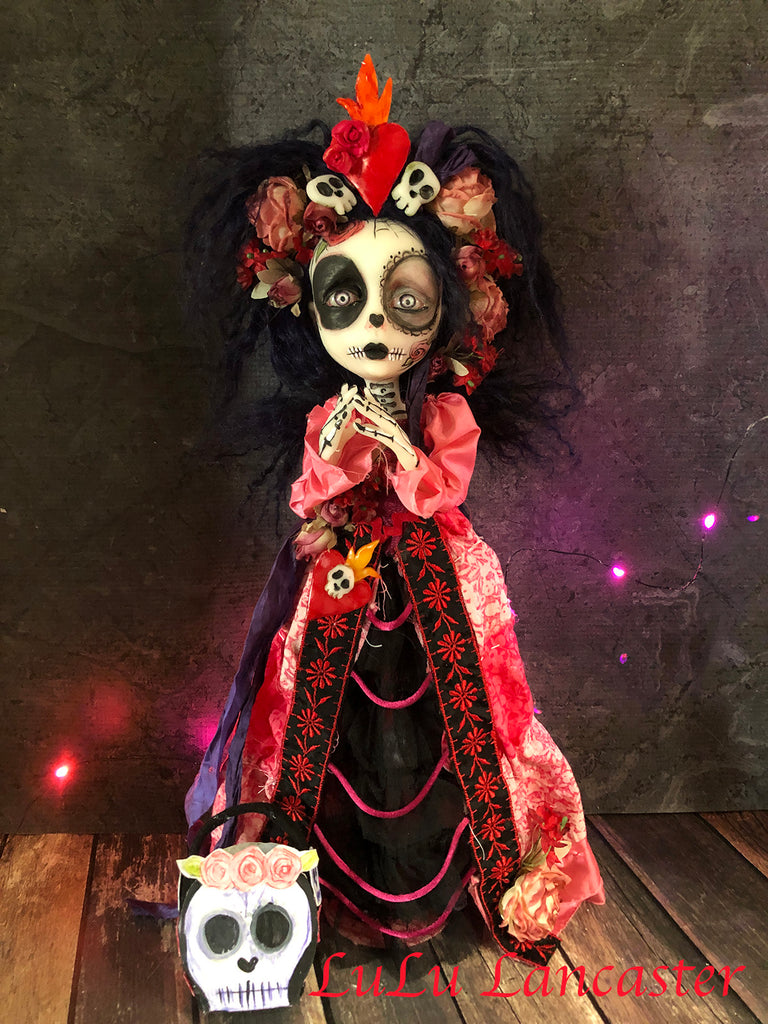 Dalary corazón llameante The Flaming Heart Day of the dead Original Art Doll by LuLu Lancaster