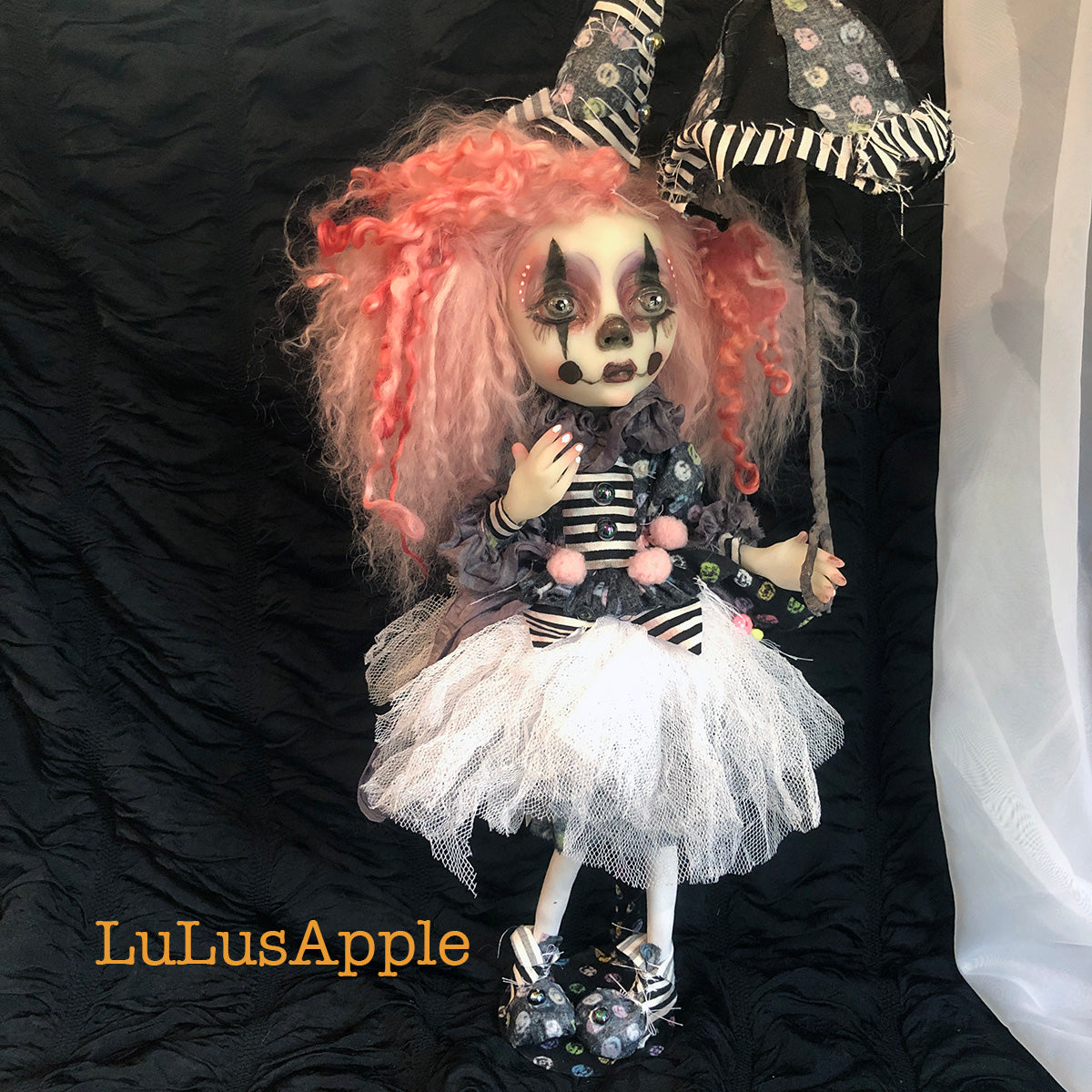Rainne PoP Bubble Poupee The Clown OOAK Art Doll LuLusApple