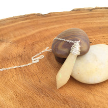 Load image into Gallery viewer, Wire Wrapped Pendulum Crystal