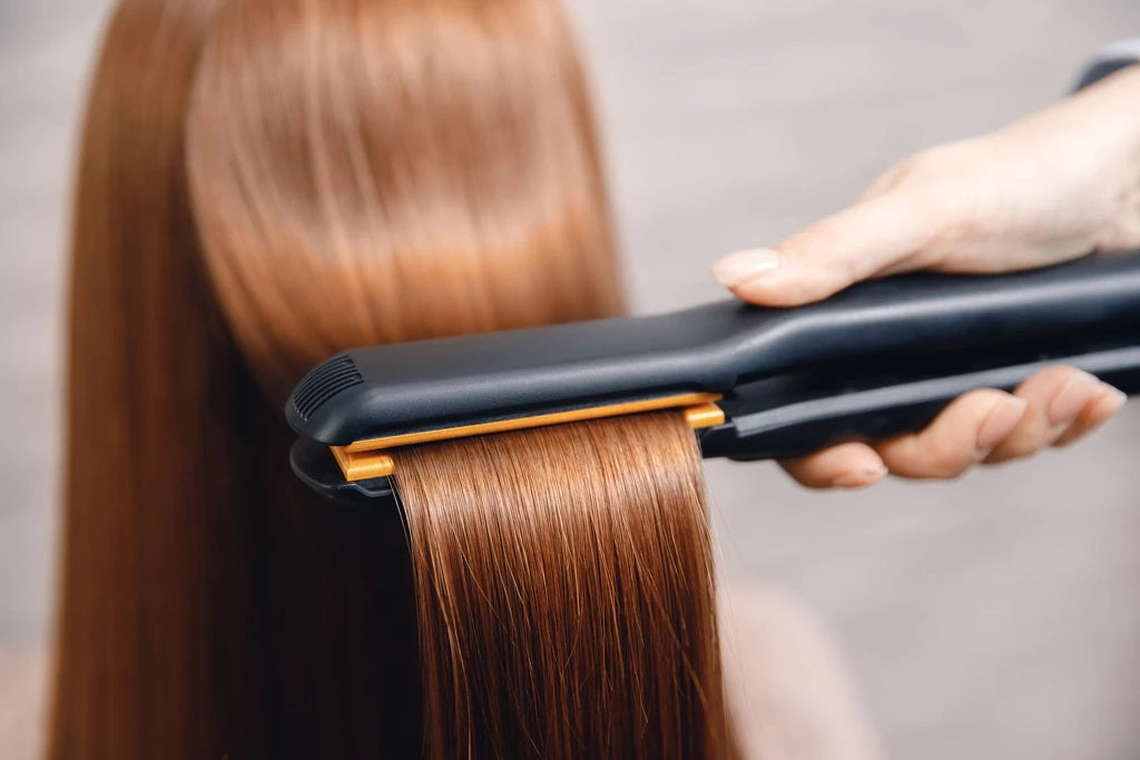 How to Curl Your Hair with a Curling Iron or Wand