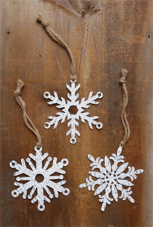 Metal Snowflake Ornament - Vintage Crossroads