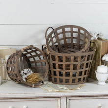 Load image into Gallery viewer, Round Wood Tobacco Basket - Vintage Crossroads