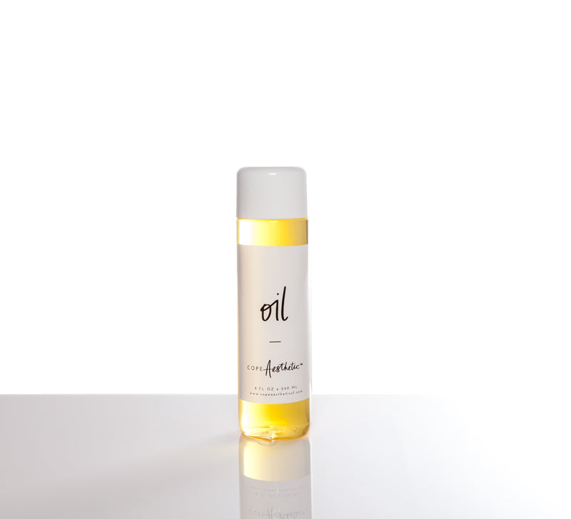 copeAesthetic is a water-soluble natural oil blend that contains chamomile oil, lavender oil, and Vitamin E.