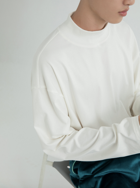 Round Neck Basic Sweater