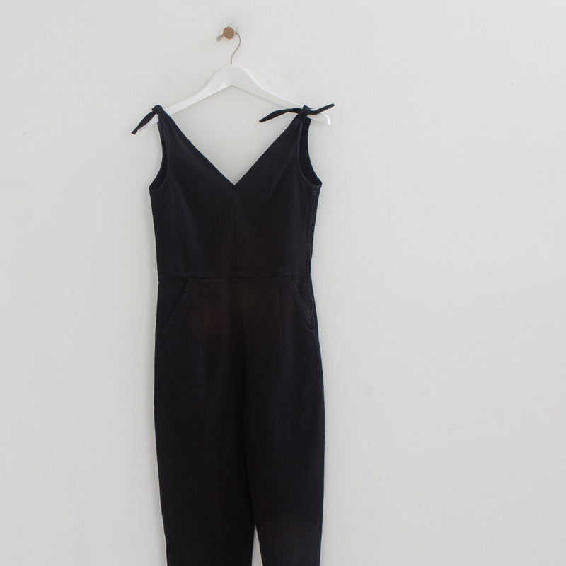 products/Loup_-_tie_jumpsuit_-1-2.jpg