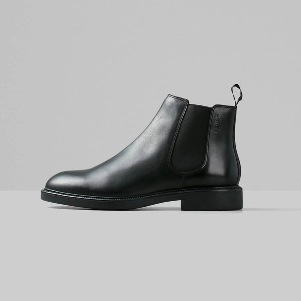 Alex Boot in Black
