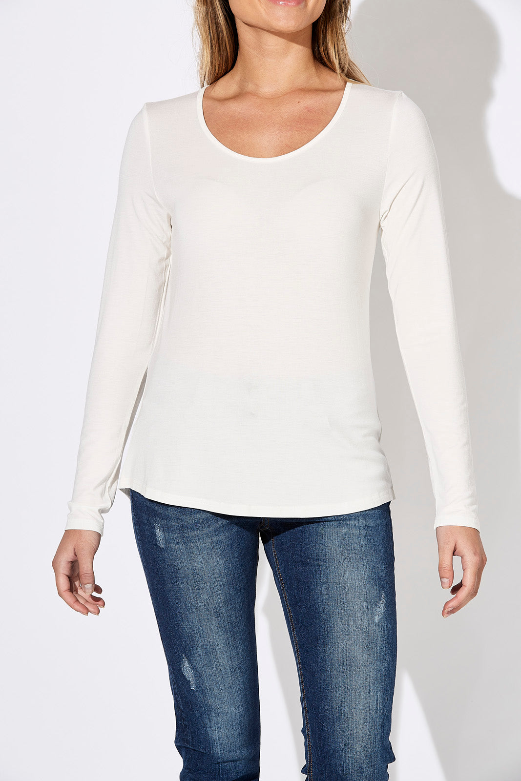 Basic Long Sleeve - White - eb&ive Clothing - Basic