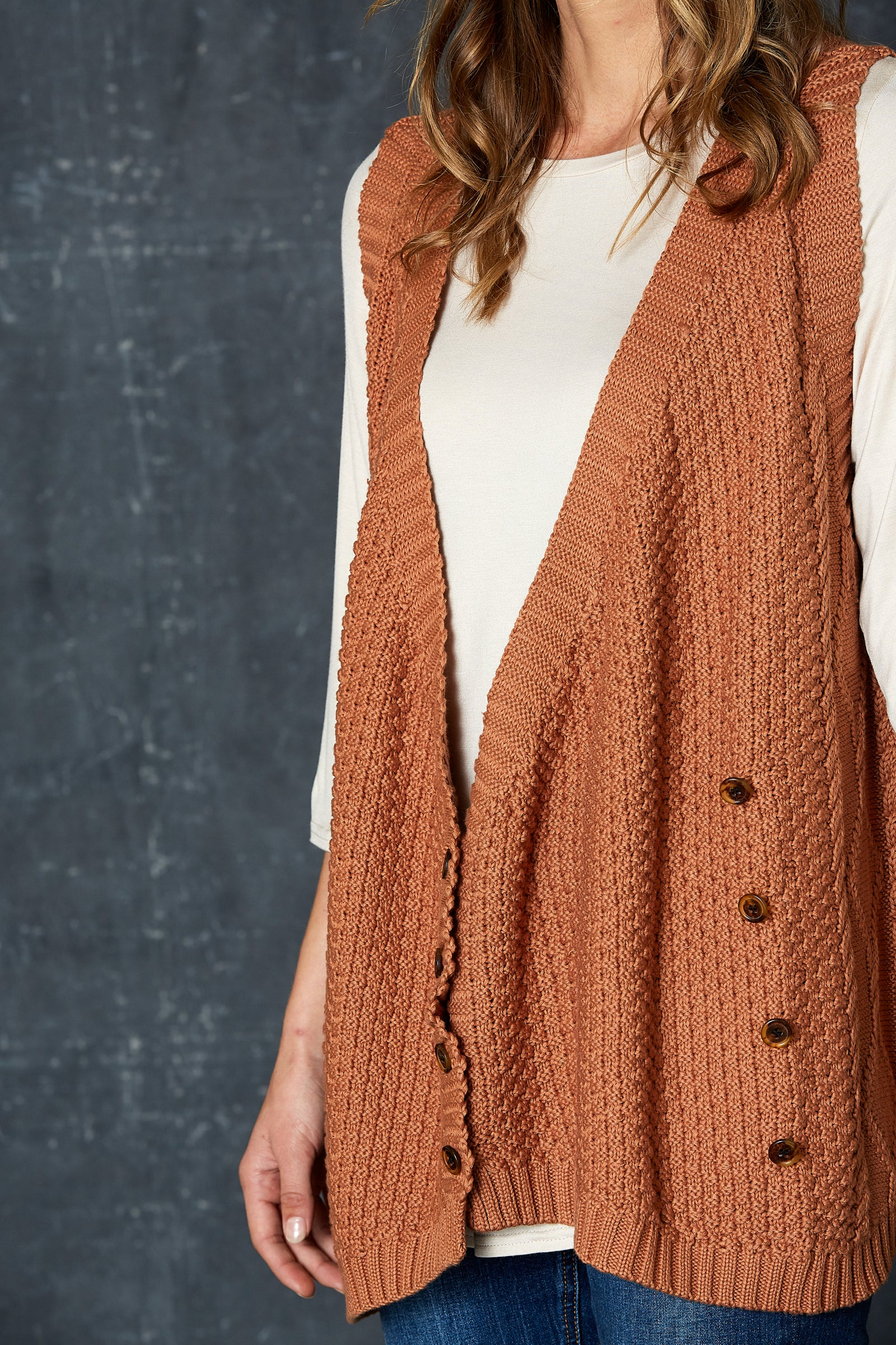 Unwind Cable Vest - Caramel - eb&ive Clothing - Knit Vest One Size