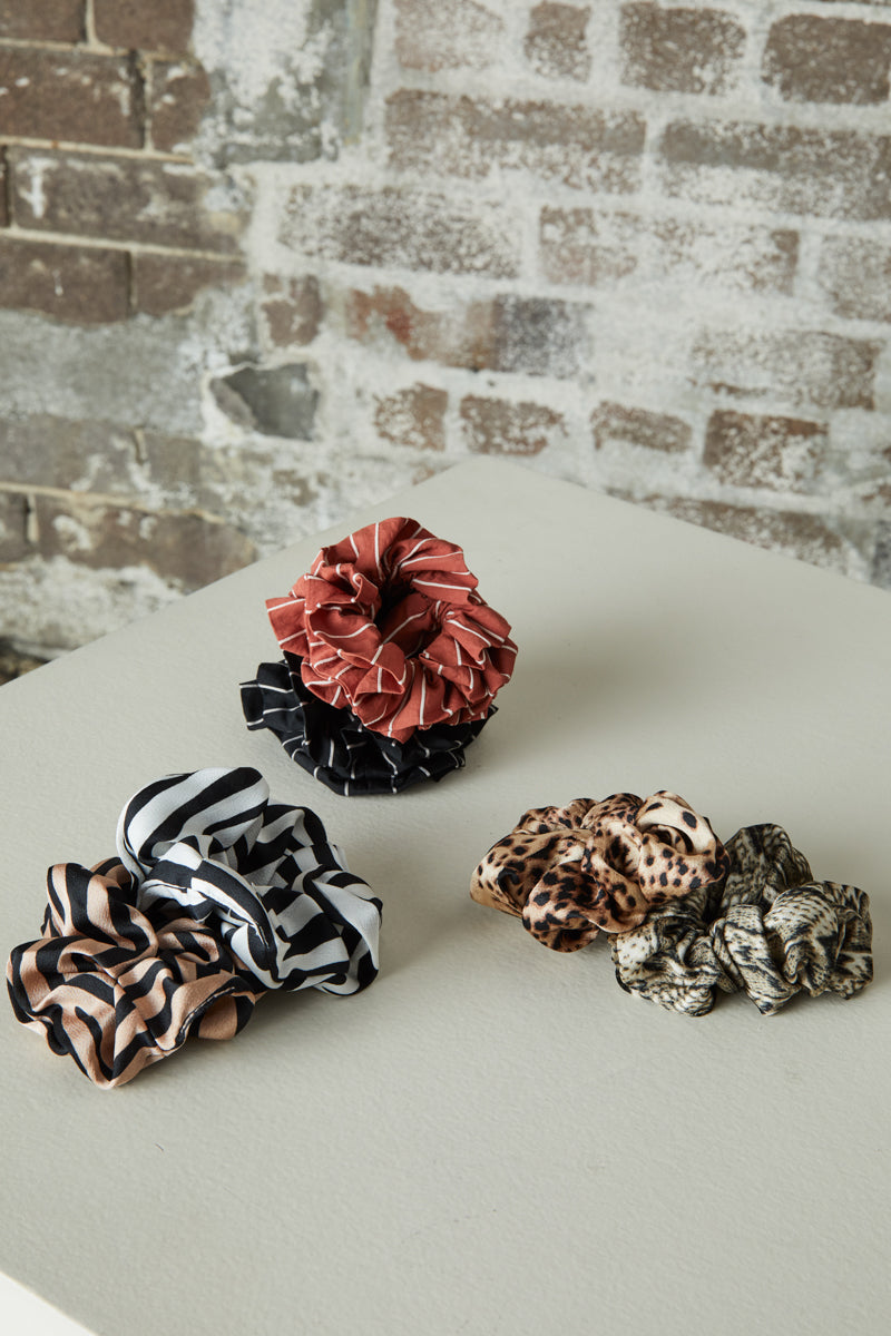 Charlie Scrunchie - White/Black - eb&ive Headwear