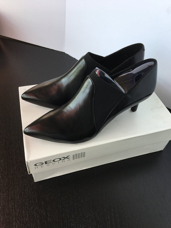 Geox Women Dress Shoes