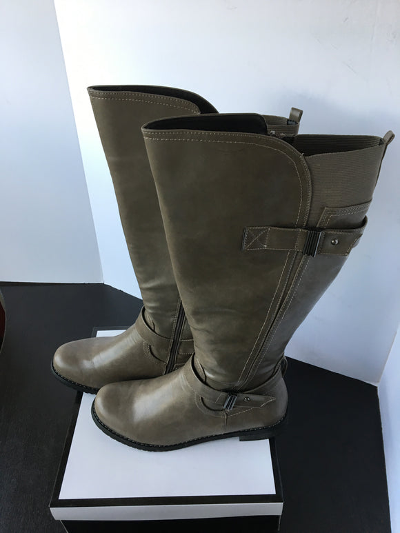 Ladies High Boots - 8
