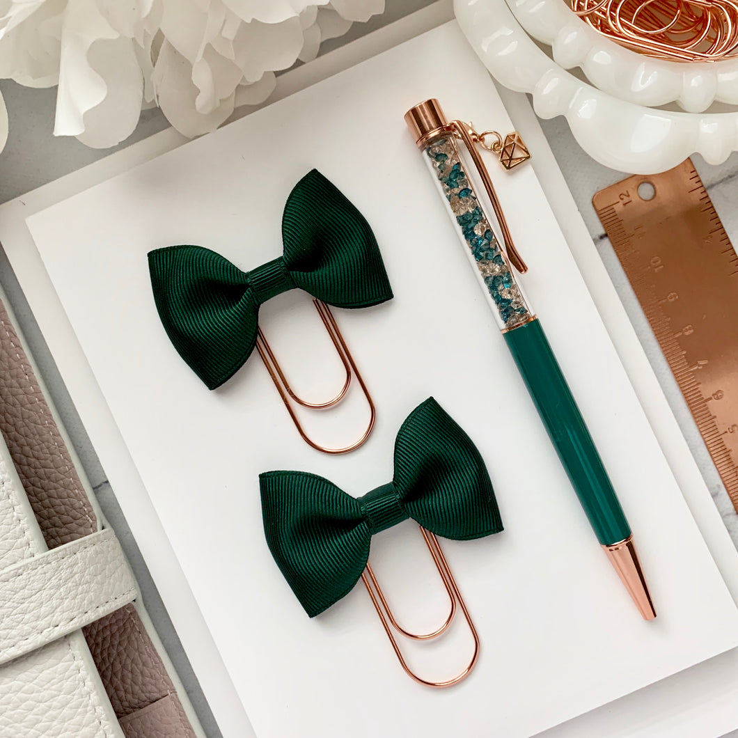 Hunter Green Ribbon Bow on Wide Rose Gold Paperclip