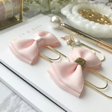 Load image into Gallery viewer, Blush Pink Double Bow On Wide Gold Paperclip