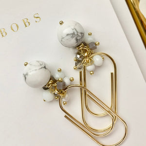 White Round Howlite Bead Dangle on Mini Wide Gold Paperclip