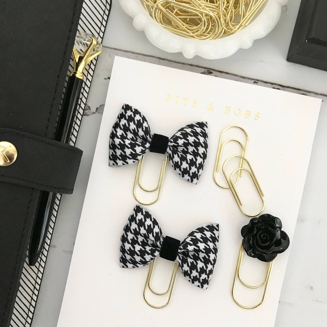 Houndstooth Ribbon Bow on a Mini Wide Gold Paperclip