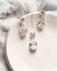 Simple Cubic Zirconia Drop Pendant Set