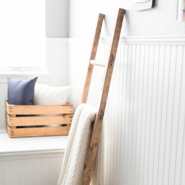 Wooden Blanket Ladder