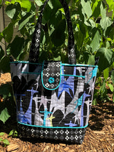 Load image into Gallery viewer, Everyday Zippered Tote Pattern