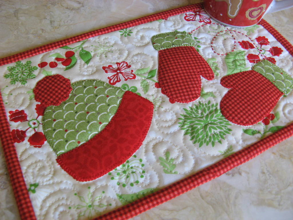 Mitten Weather Mug Rug Pattern