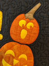 Load image into Gallery viewer, Boo! A Halloween Wall Pattern