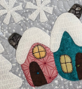 Gnome Homes Table Topper Pattern