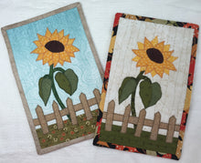 Load image into Gallery viewer, Sunflower Mug Rug Pattern