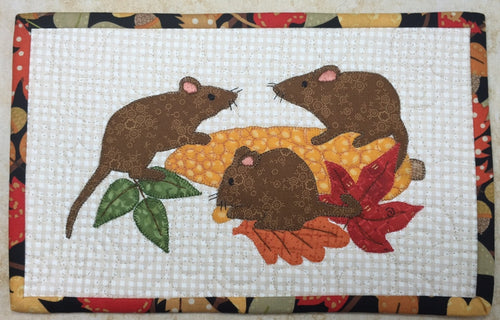 Harvest Gold Mug Rug Pattern