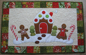 Gingerbread Christmas Table Runner Pattern