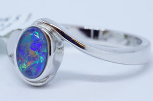 Opal 0.8Ct Ring