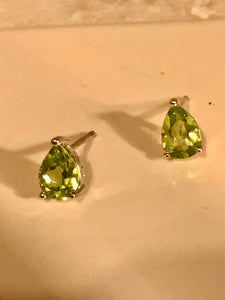 Natural Peridot Semi-precious Birthstones Stud Earrings