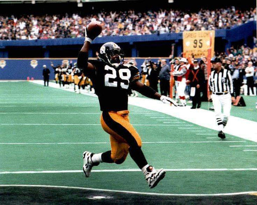 Barry Foster in Black Going into End Zone Ball in Air Unsigned 8x10 Photo