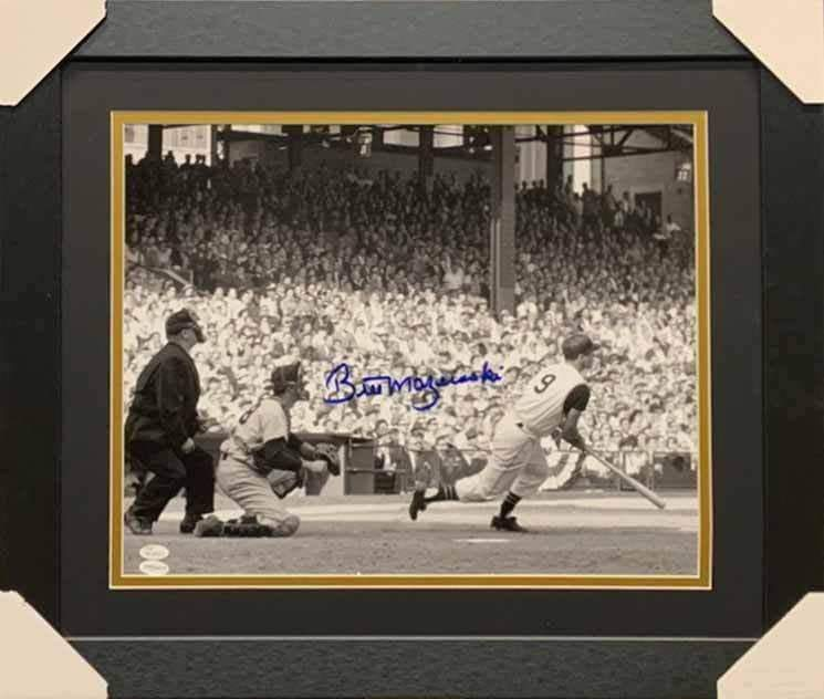 Bill Mazeroski Autographed 1960 World Series Bat Down 16x20 Photo - Professionally Framed