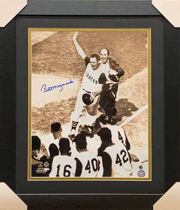 Bill Mazeroski Autographed Pre-Mobbed16x20 Photo (No Nameplate) - Professionally Framed