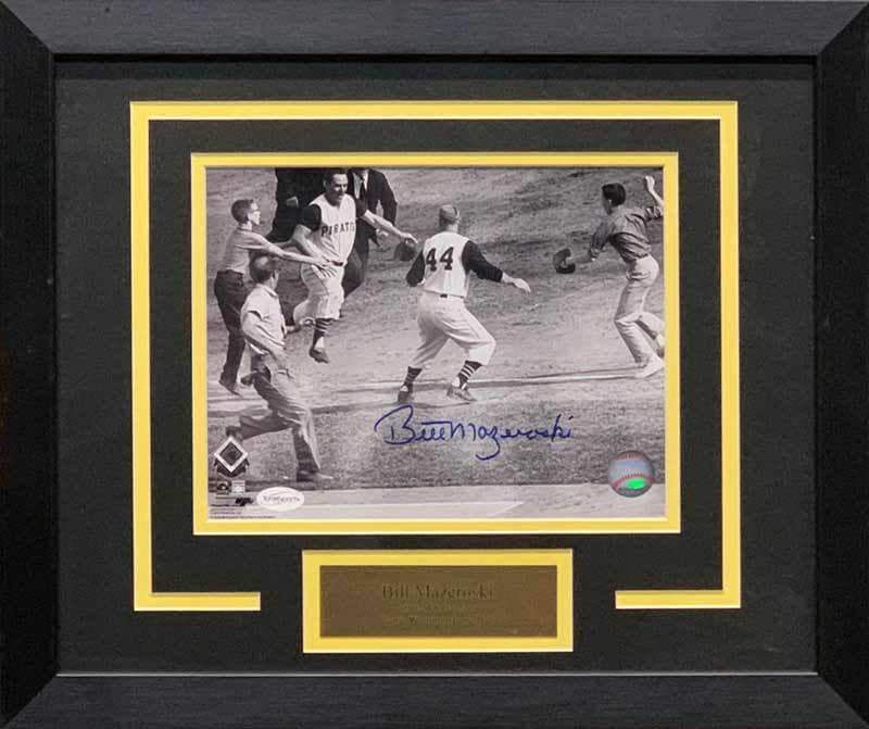 Bill Mazeroski Autographed Rounding 3rd 8x10 Photo - Professionally Framed